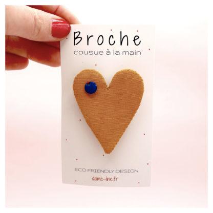 brochecoeurjaune-dameline-bijouxtissus-upcycling